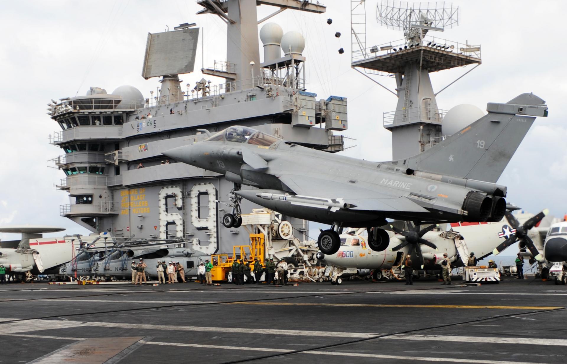 USS Eisenhower 2009